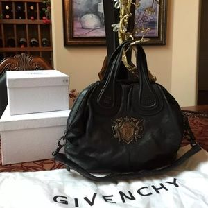 Givenchy nightingale medium black