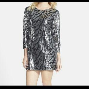 Tildon Dresses & Skirts - Tildon black & silver sequin dress 3/4  sleeves