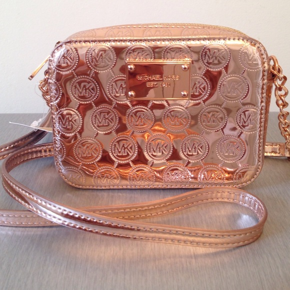 98b37be7a0f8 Michael Kors Bags | Rose Gold Mirror Crossbody | Poshmark