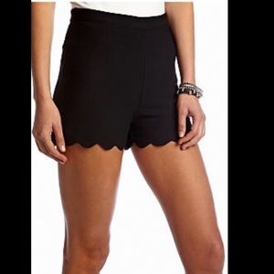 Black Scallop Shorts-LARGE