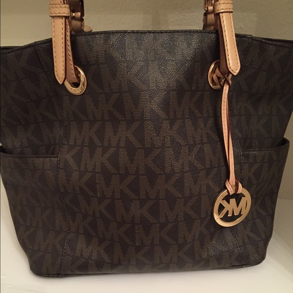 Is Your Michael Kors Handbag Fake?