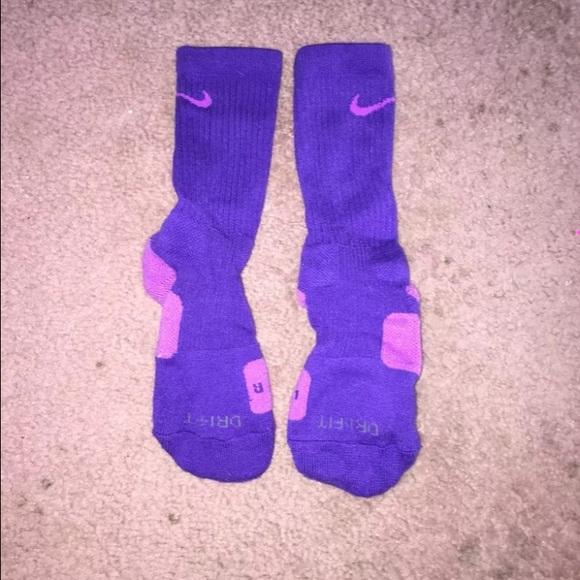 e1b3ca8da98c Purple Nike elite socks. M 55a55d81cadd6a0f430177d6