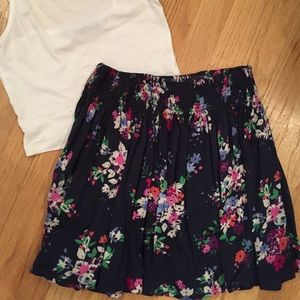 10% off Express Dresses & Skirts - *BUNDLE* Floral Crop Top & High ...
