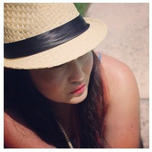 Beige & Black Straw Fedora Hat