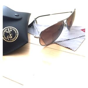 Ray-Ban Aviator Sunnies