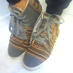Inkkas Hightop Aztec Sneakers