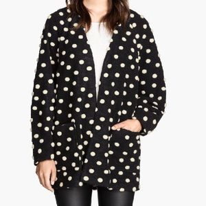 LOOKING FOR THIS SPOTTED H&M JACKET