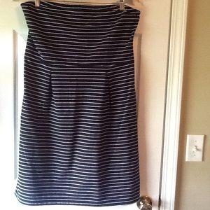 Old Navy strapless dress black white stripe. Large