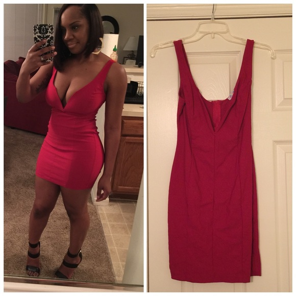 6db812415e6a Dresses   Skirts - Red low cut bodycon dress