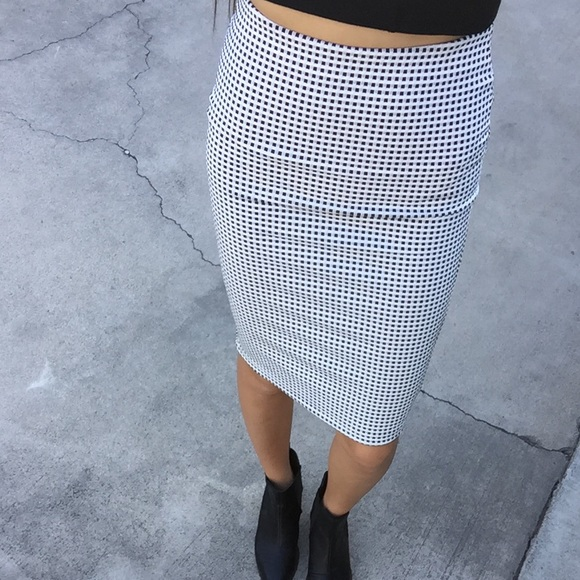 Forever 21 - Forever 21 black and white checkered pencil skirt ...