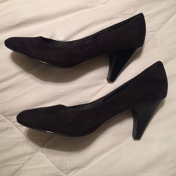 H&m Black Suede Pointy Toe Low