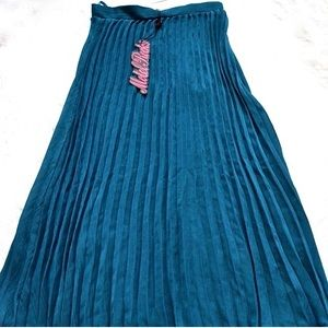 NWT Motel Rocks Shannon Pleated Midi Skirt in Teal