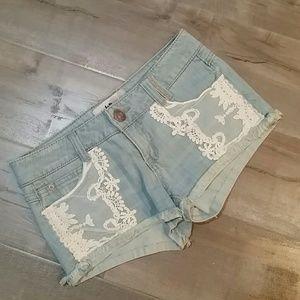 Jolt Pants - Trendy festival shorts