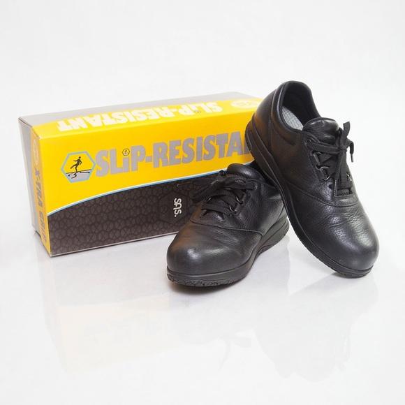 bb12cc701201 SAS Slip Resistant Shoes. M 55a6b83e568c89713a01e6fd