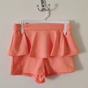Pants - Peplum shorts