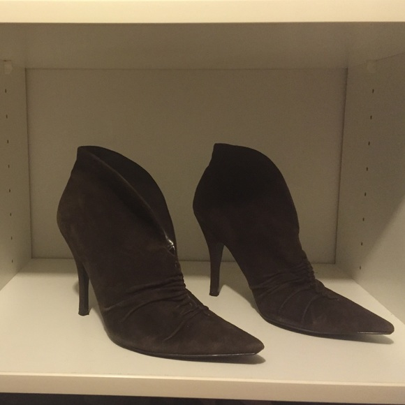 Guess Shoes - Guess Brown suede boots