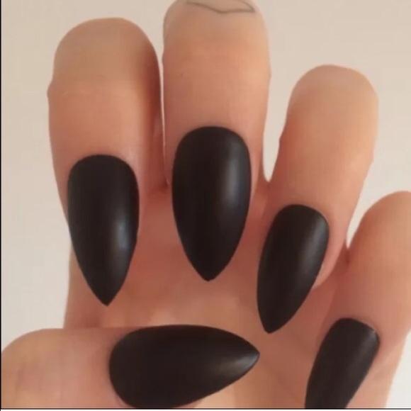 84% off Brandy Melville Accessories Matte Black Stiletto Nails ...
