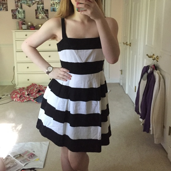 1e5a3f0214f10 LOFT Dresses & Skirts - NWOT Ann Taylor Loft black & white striped dress