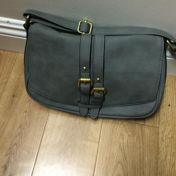 30b9774820 Target Gray Crossbody Bag. M 55a6fa702a75356266000611