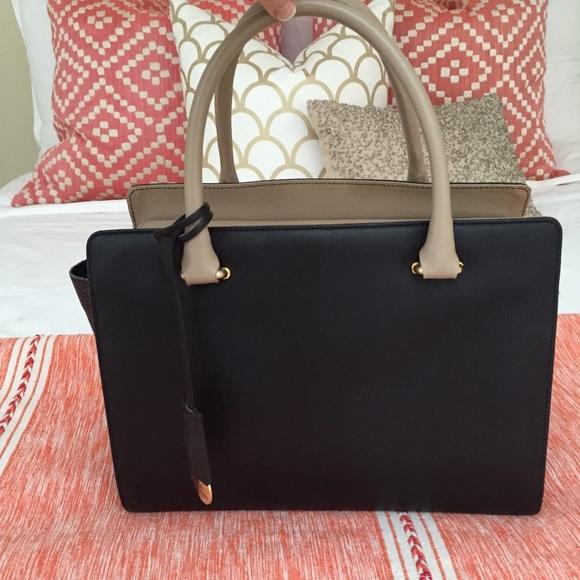 744687cb7b Gianni Notaro Handbags - Gianni Notaro Black and Nude Handbag