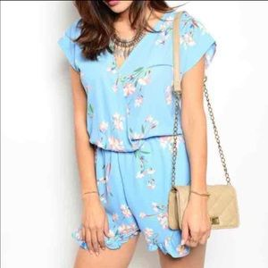 Blue floral romper M jumpsuit jumper stone fox