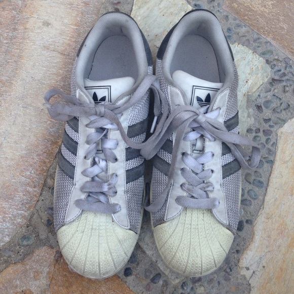 le adidas superstar bianco grigio scarpe poshmark originali.