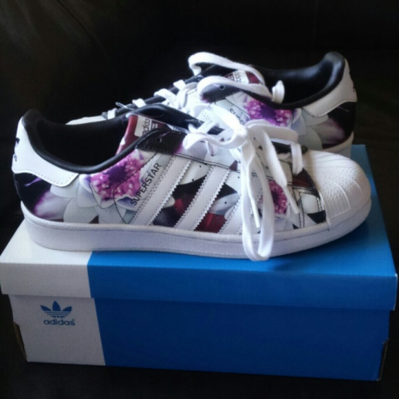 Adidas Superstar Lotus :D