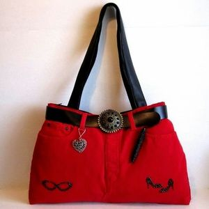 Beaded Embellish Red Bag & Ink Pen, Key Ring