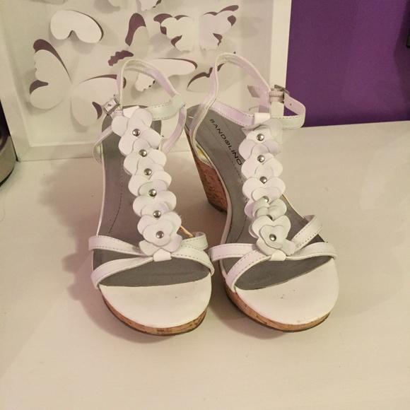 Bandolino shoes white flower wedges poshmark bandolino white flower wedges mightylinksfo