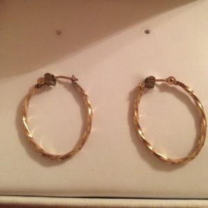 Jewelry - 10 Karat gold hoops