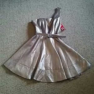 Prom Perfect Adrianna Pappel Dress