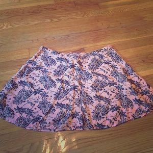 NWOT Cute Aero Skirt