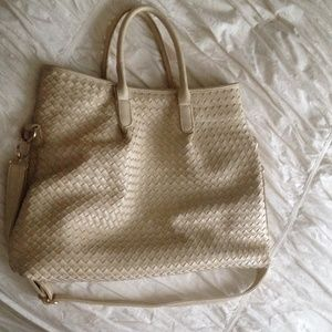 Handbags - Fantastic large cream woven handbag