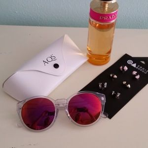 AQS Accessories - 🎊HPx4🎊🆕AQS Daisy Mirrored Sunglasses