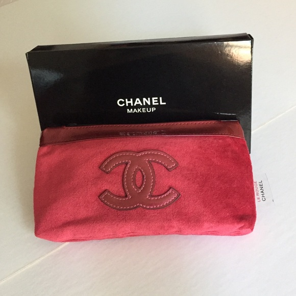 21dbc1c0c528 CHANEL Accessories | Le Rouge Velour Cosmetic Bag With Cc Logo ...