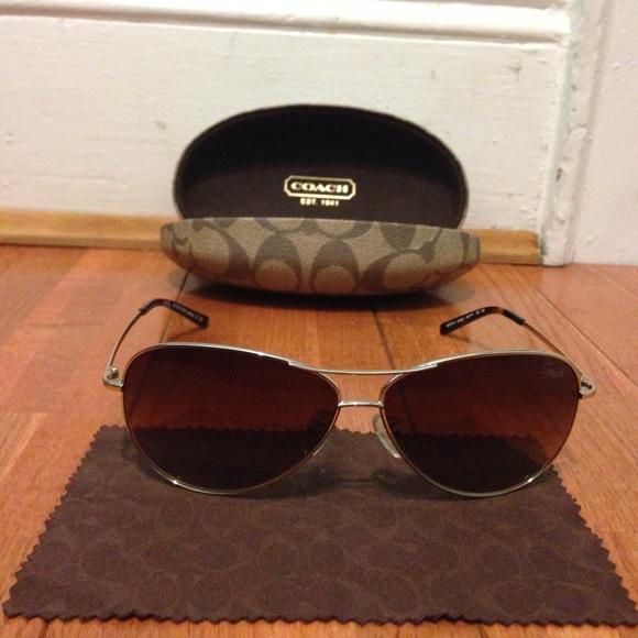 b3651dcacfe0b Coach Accessories - Coach L911 Juliana Gold Aviator Sunglasses