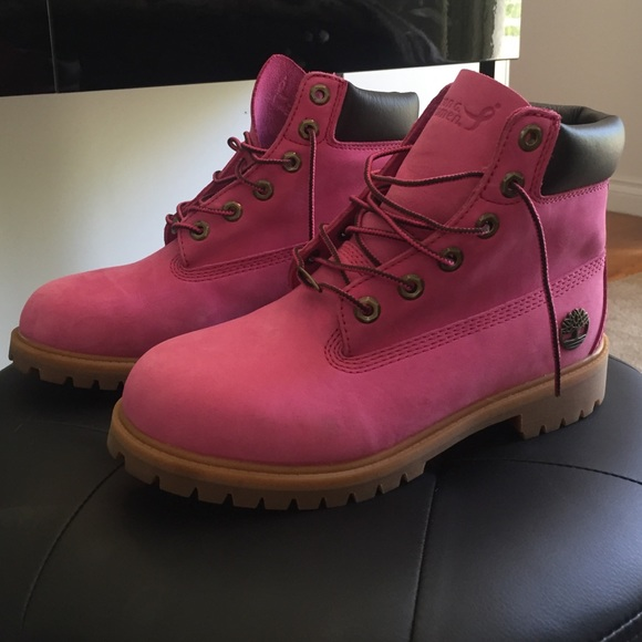 LIMITED EDITION  Pink Timbs. M 55a820fb00a0fd0c26005c90 42954cd53a97
