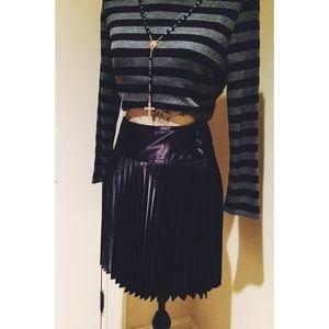 ALLOY Dresses & Skirts - ▪️Black Silk Pleated School-Girl Mini ▪️