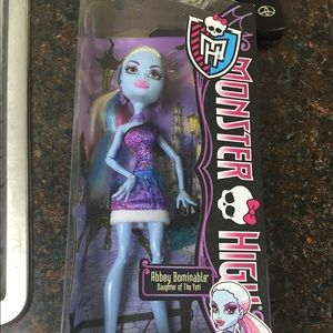 Monster High Abbey Bominable New in Box for sale