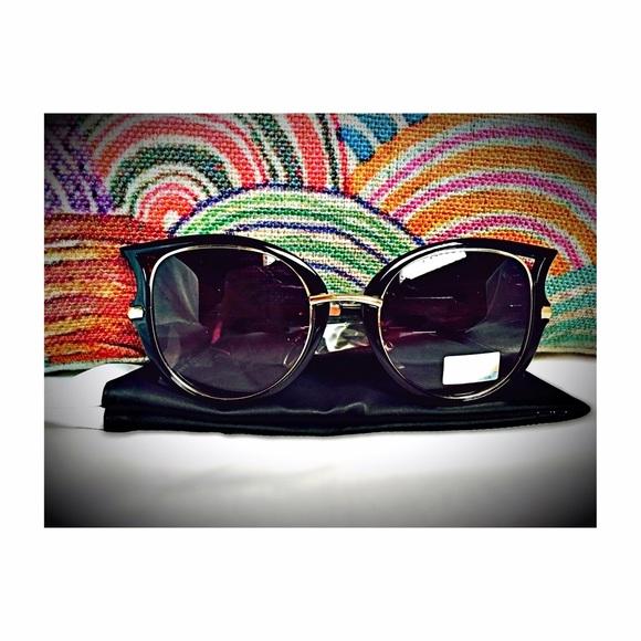 b5e379bdabd Dita Von Teese sunglasses imitations (black)