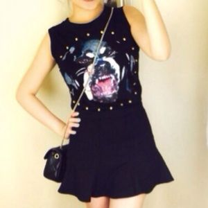 Givenchy Tops - Givenchy dog head sleeveless top shirt