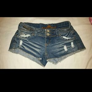 Almost Famous Jeans - Almost famous shorts