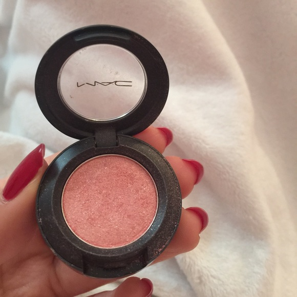 Pink shadow