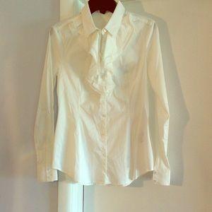 Benetton Tops - 🌈⚡️FLASH SALE ⚡️🌈 Benetton ruffle blouse.
