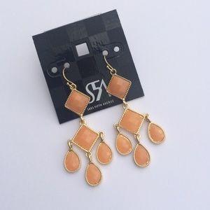 Saks Fifth Avenue Jewelry - NWT Saks Fifth Avenue Peach Chandelier Earrings