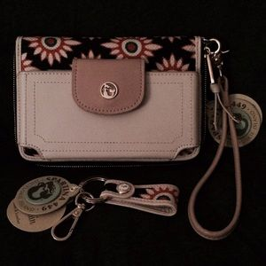 Spartina 449 Handbags - AUTHENTIC SPARTINA 449 WRISTLET & KEYCHAIN
