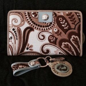 Spartina 449 Clutches & Wallets - AUTHENTIC SPARTINA 449 WALLET AND KEYCHAIN