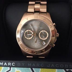 Sensational Marc Jacobs Rose Gold Beautiful watch
