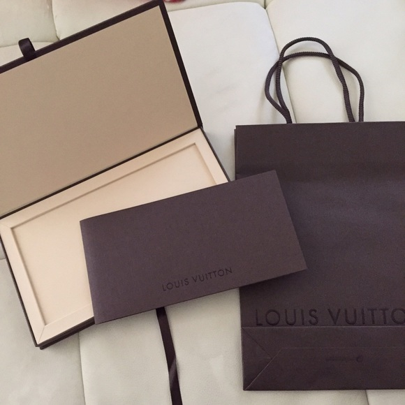 Louis Vuitton - Louis Vuitton gift card box and shopping bag from ...