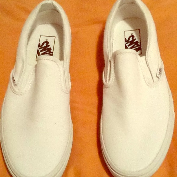 Vans Shoes | White Slip Ons Sz W 85 M 7